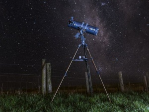 Review & set up of the Celestron AstroMaster 130EQ-MD (Motor Drive) Telescope