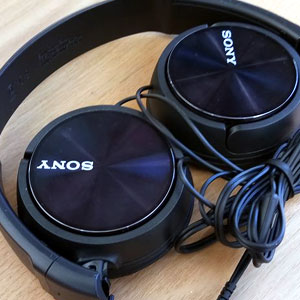 Sony MDR-ZX310AP Stereo Headphones Review