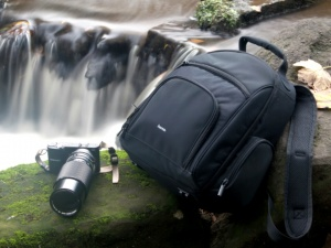 Review of the sub £20 Hama Olbia 170 Camera Rucksack Bag